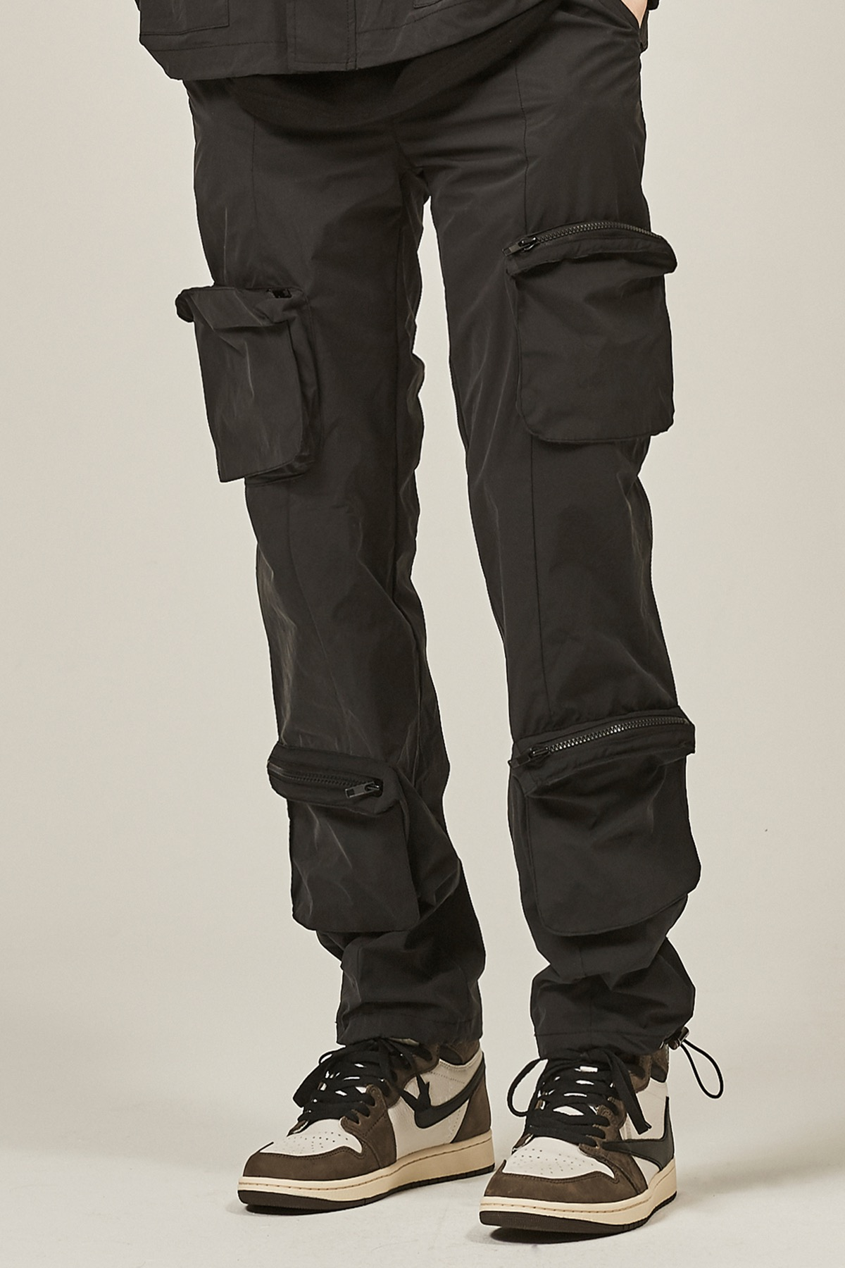BLACK 4 POCKET CARGO STRING PANTS